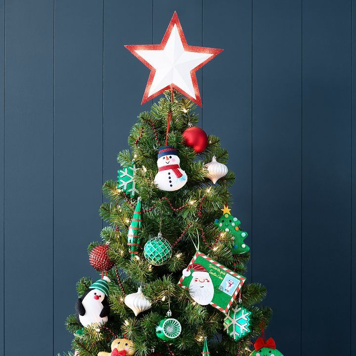 51 whimsical diy christmas tree toppers for the zesty holiday diy christmas tree toppers and diy christmas tree - Whimsical Christmas Tree Toppers