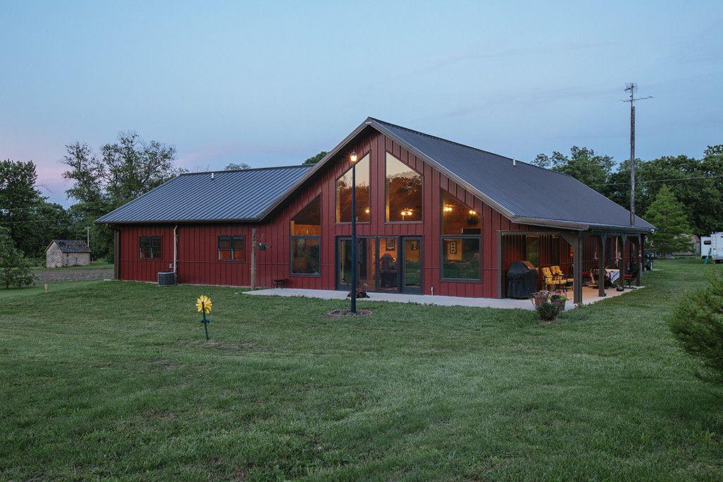 Morton buildings custom home in beardstown illinois for Custom barn homes