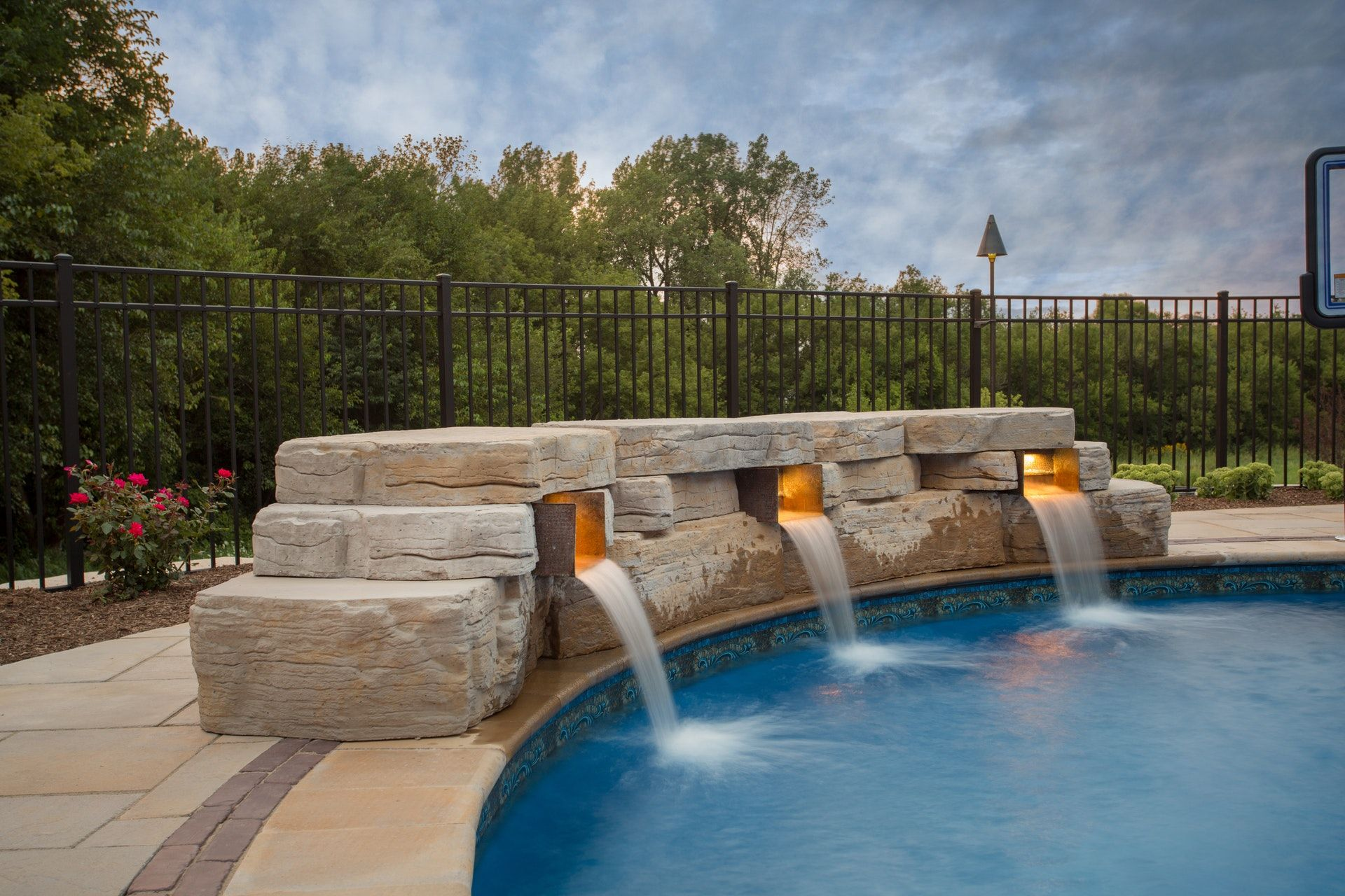 Landscaping Ideas With Outcropping Collection By Rosetta Hardscapes Outdoor Water Features Landscaping With Rocks Water Features