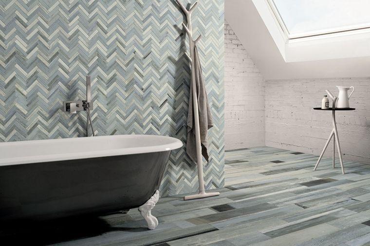 azulejos de cuarto baño de Ceramica Fioranese con efecto de madera ...