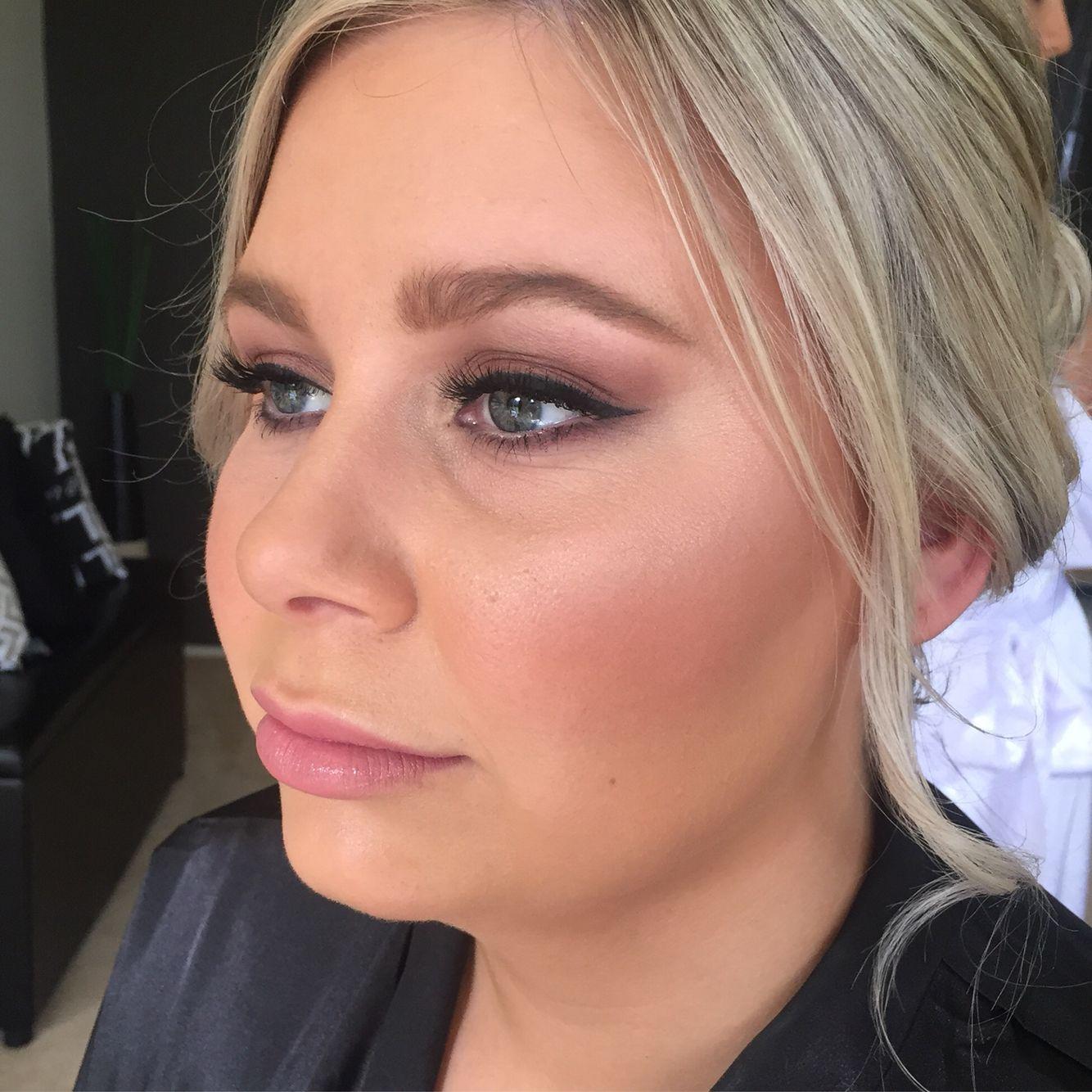 Bridesmaid // a soft smokey eyeshadow, a slight wing