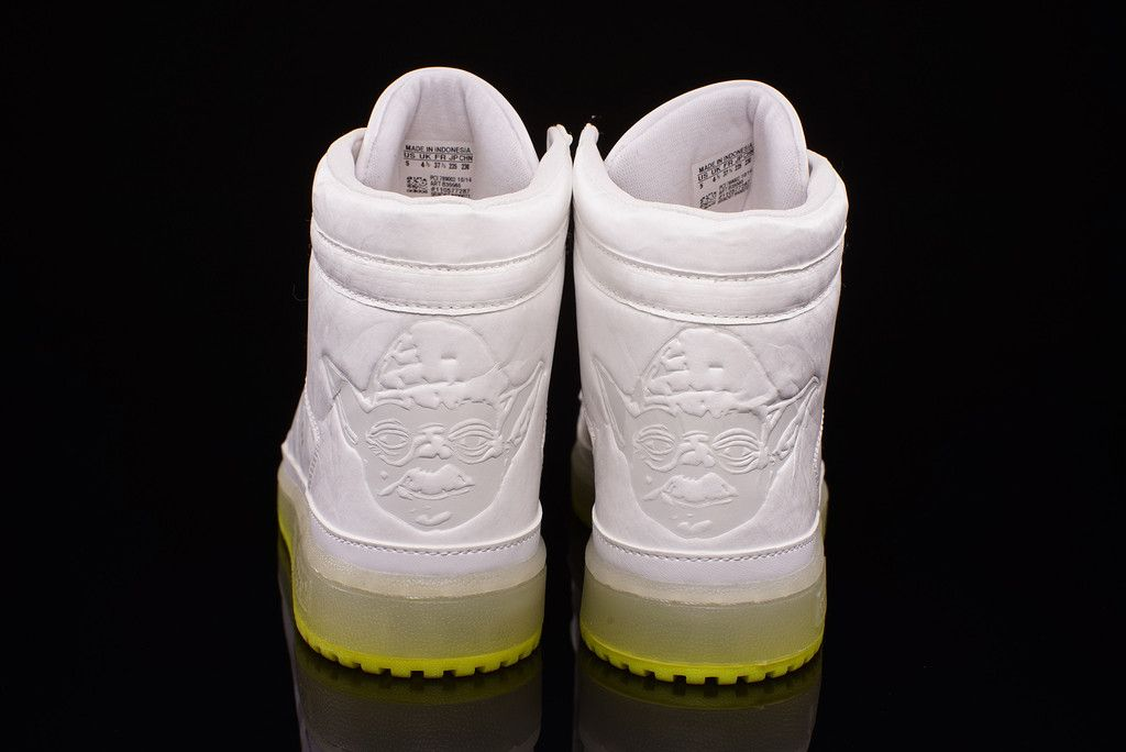 02f70771ca Star Wars adidas Yoda Top Ten Hi