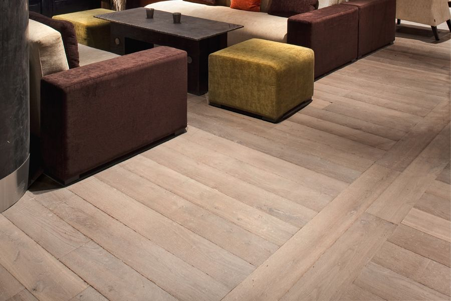 ch ne de l 39 est french oak wood floors available in a variety of surface treatments widths of