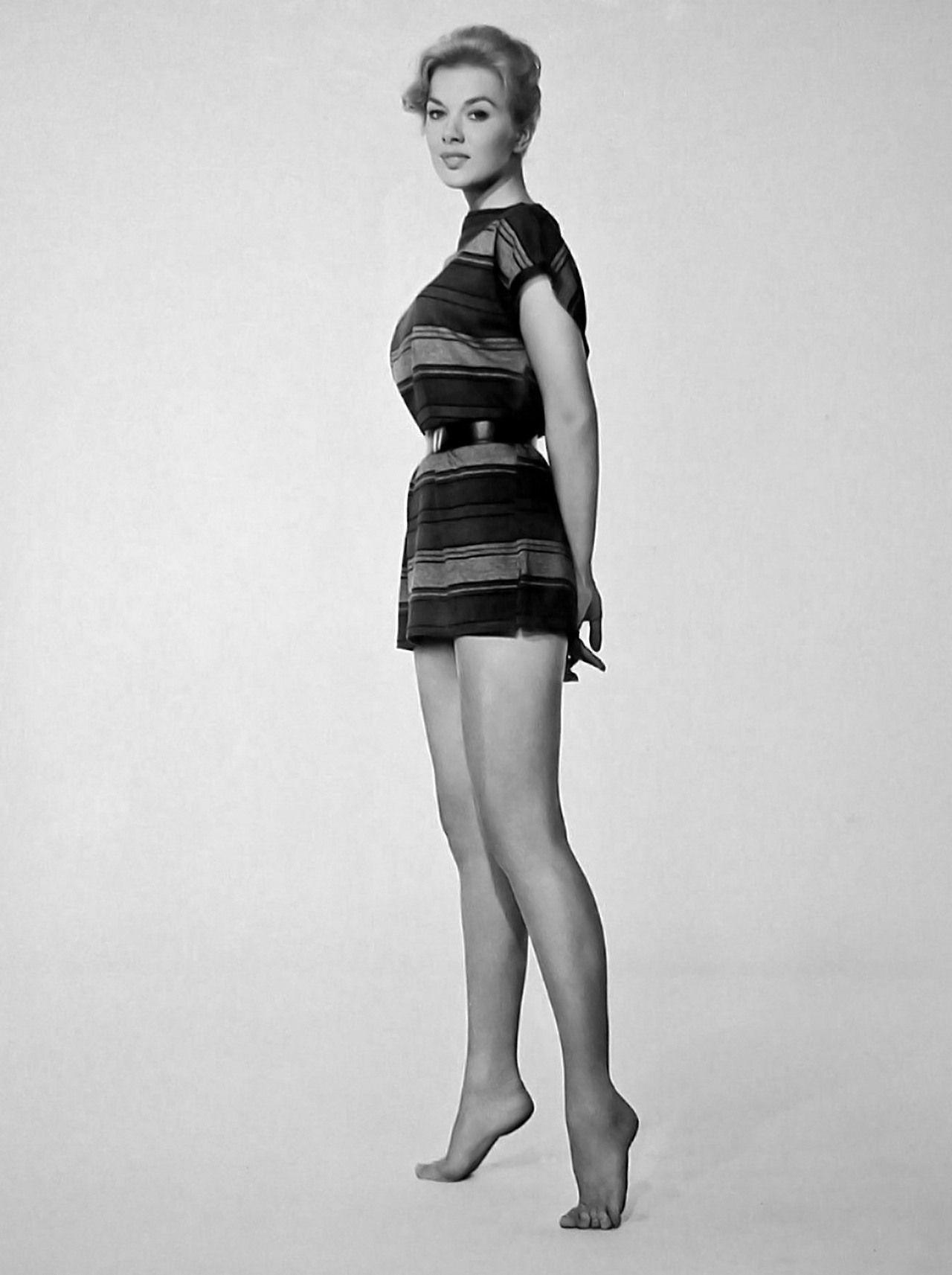 Leslie Parrish.