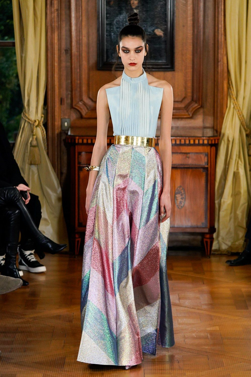 7e94708af Ronald van der Kemp Spring 2019 Couture Collection - I LOVE the cut of this  top