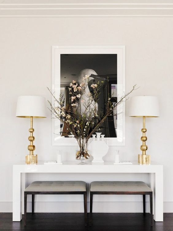 17 Enviable Entryways Console Table Decorating Modern Console Tables Decor