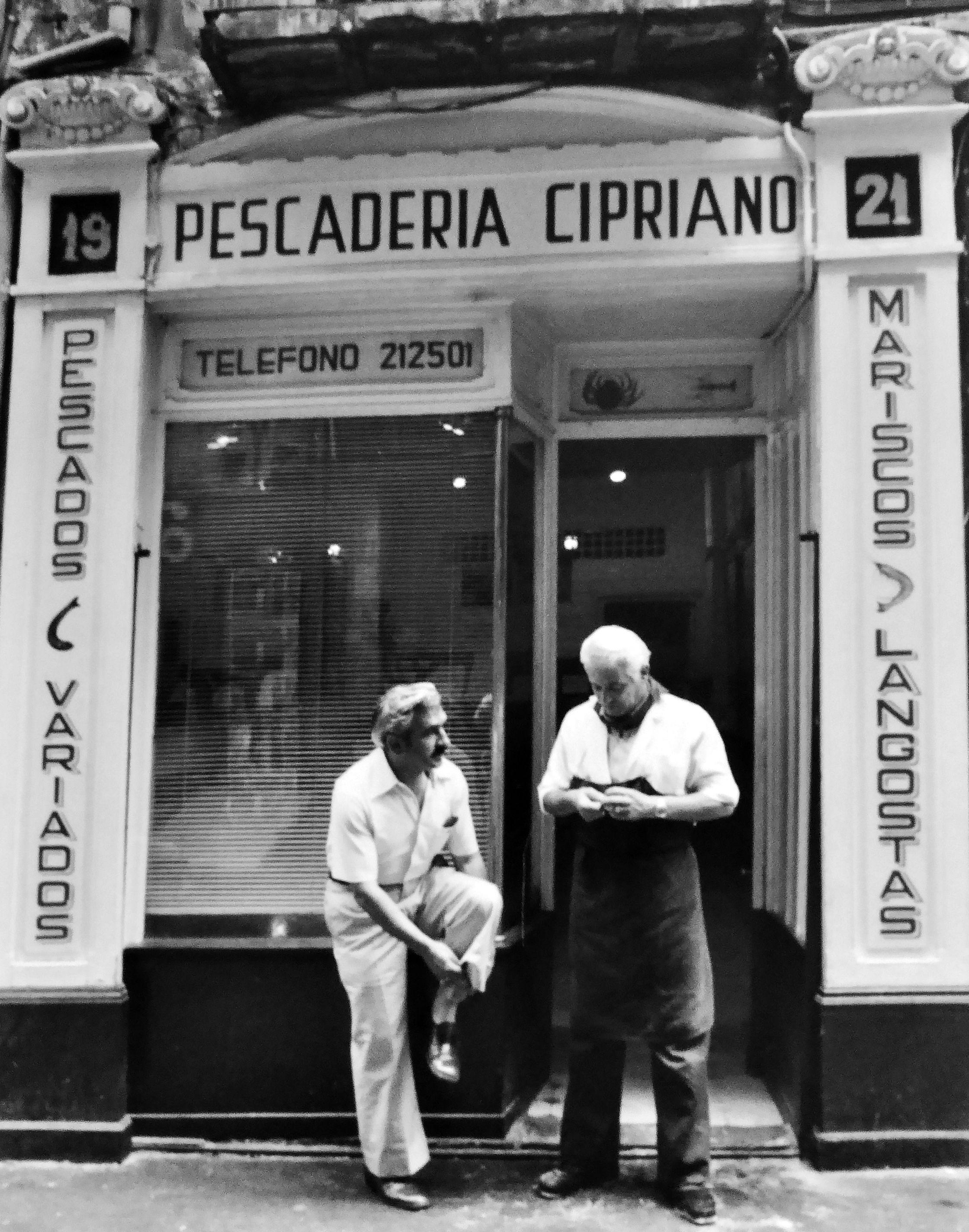 Pescader A Cipriano Fotograf A Antigua Pamplona Pinterest # Muebles Cipriano
