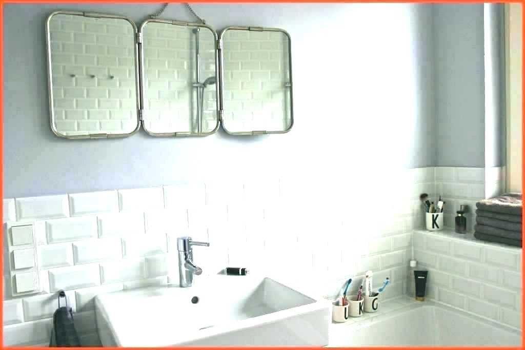 Badezimmer Schrank Neu Streichen Stock In 2020 Bathroom Bathtub