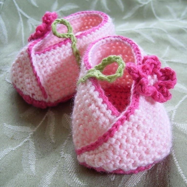 Download Now Crochet Pattern Kimono Flower Crocheted Baby Shoes