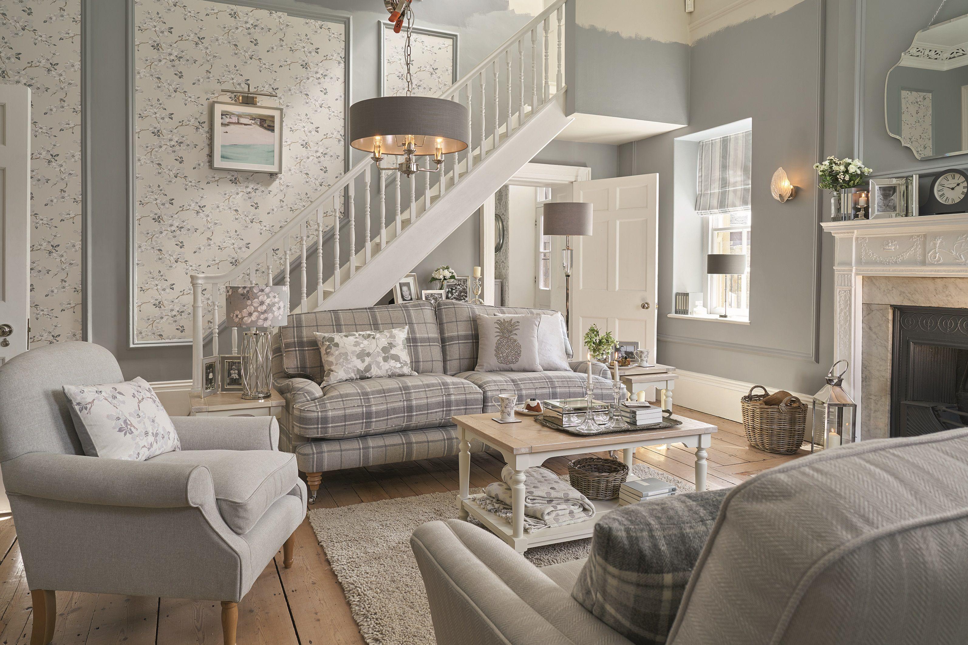 Landhausstil Landhausmobel Bringen Country Chic Ins Haus Das Haus Susanna Spacious Living Room Beautiful Living Rooms Living Room Themes