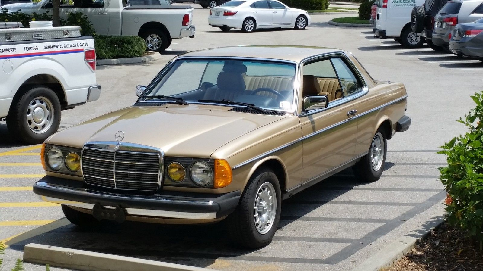 1983 Mercedes Benz 300CD Coupe | 80s cars for sale | Pinterest ...