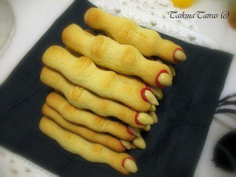 Pikkuleipätaikinasta sormet