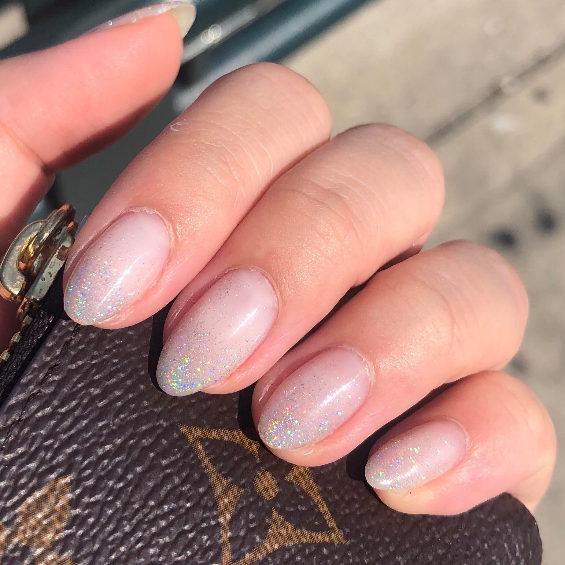 I am obsessed with this nude holo! : RedditLaqueristas