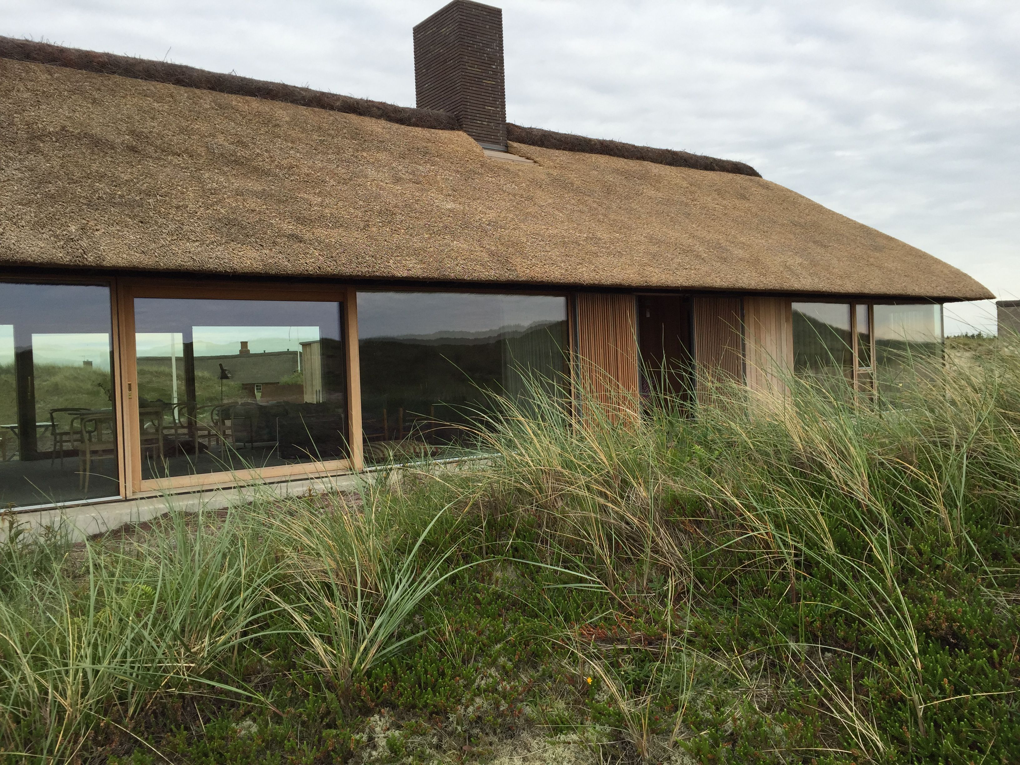 Sommerhus søndervig architecture durable roof architecture modern brick house timber house thatched