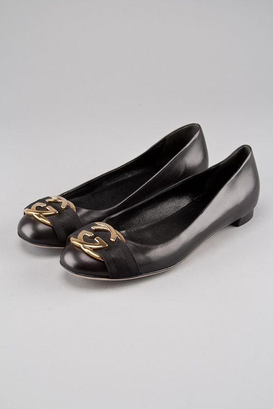 13a102fa38f Gucci Black Leather Signature Ballerina Flats Louis Vuitton Consignment