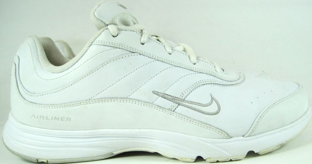 Nike Women Airliner Sneakers Size 12 White Style 312895 111