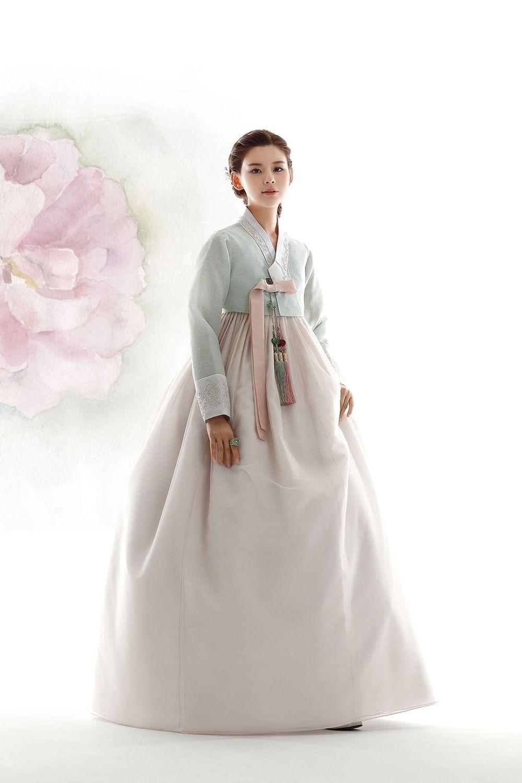 Pin von 남해사랑 auf Hanbok | Pinterest | Blumenkleider und ...