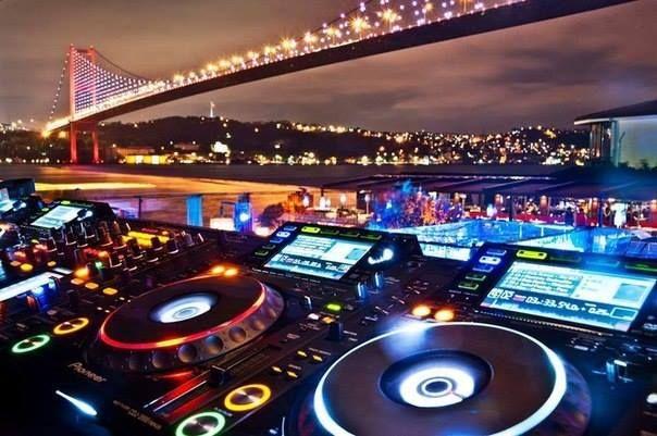 Web: www.dugundj.net, İzmir Düğün Dj Organizasyon İzmir dj düğün olarak; düğün, nişan, sünnet, kına gecesi, balo, mezuniyet törenleri, bar-mitzvah, bat–mitzvah, ev partileri, bekarlığa veda partileri, villa partileri, doğum günü, defile, ekspozisyon, tanıtım showları, kokteyl, şirketlerin bayii toplantıları, şirket yemekleri ve benzeri tüm organizasyonlarınız için sizlere hizmet veriyoruz. Müzik, düğün, nişan, sünnet, parti, villa partisi gibi organizasyon talepleriniz için bize…