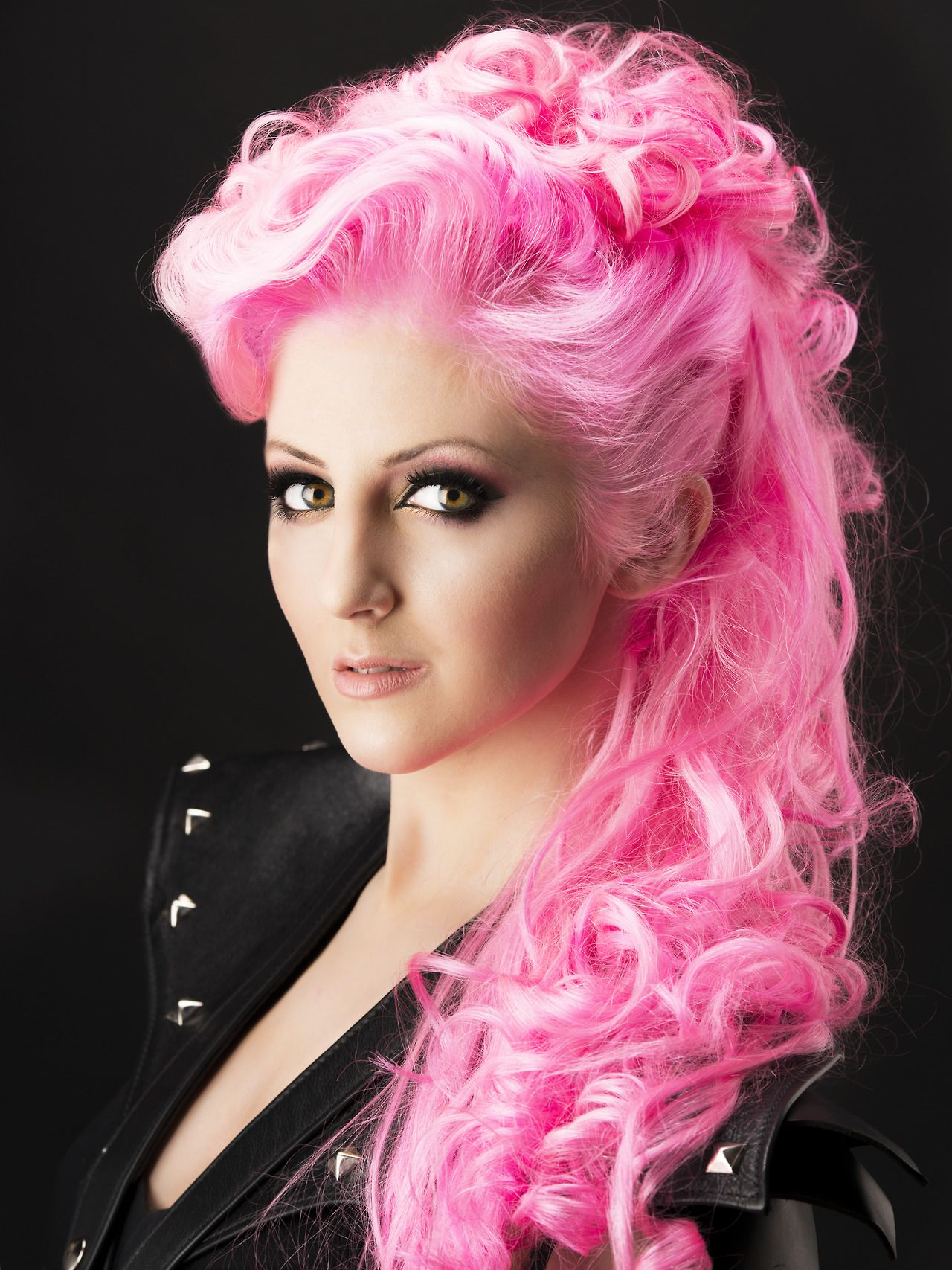 Neon pink pastel hair | Hairstyles and Color | Pinterest