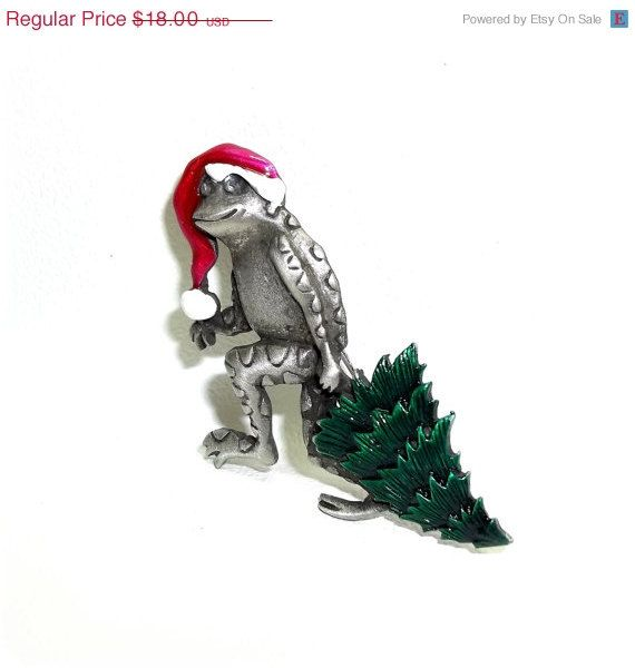 JJ Grinch Frog Tree Holiday Christmas pin by dollherup on Etsy, $14.40