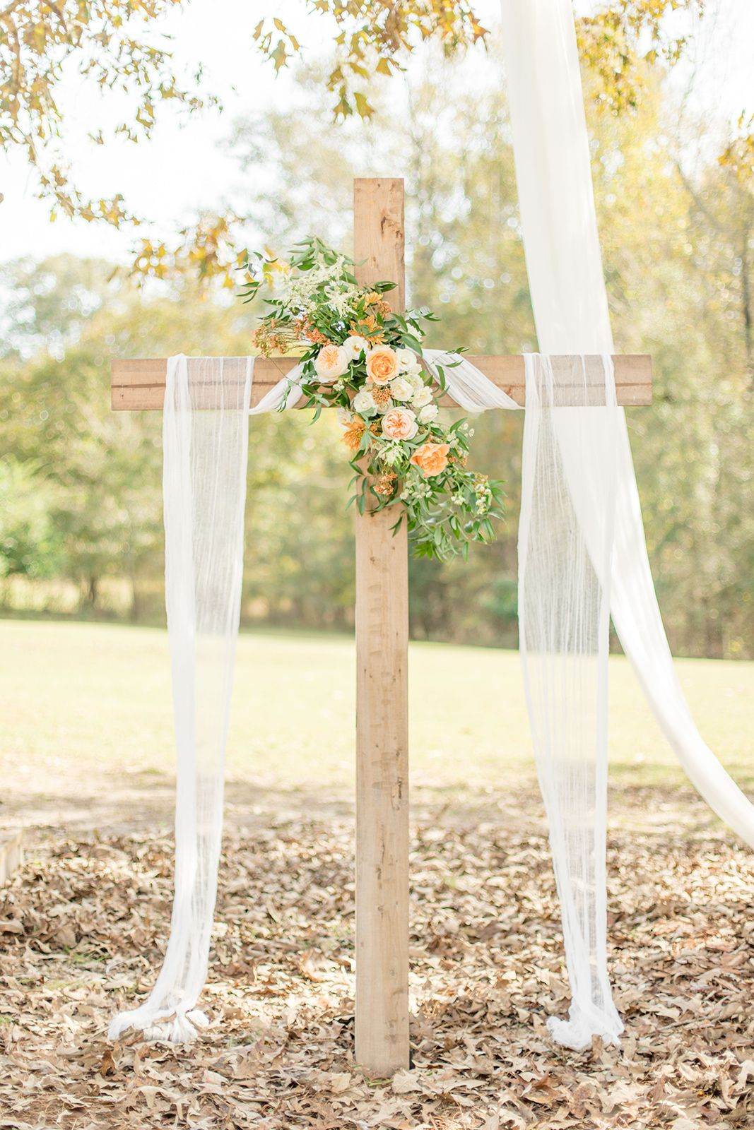Romantic Fall Wedding At Dogwood Farms Orange Wedding Flowers Fall Wedding Alabama Wedding Venues