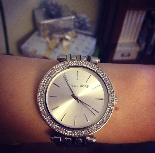 Beautiful yet simple watch. #MichaelKors