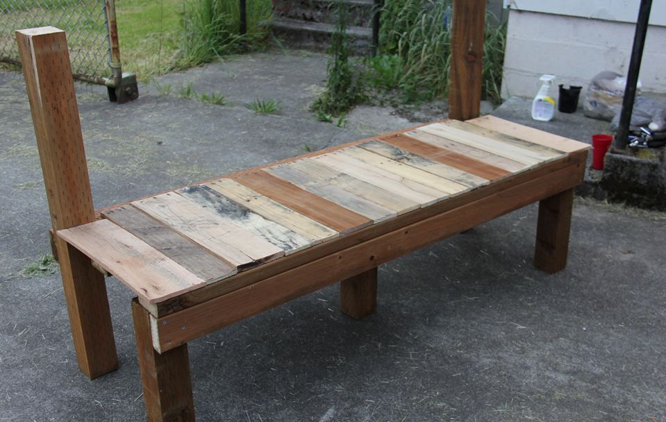 Tailgate Bench Part 2 Seat Armrests And Finishing Up Tailgate Bench Backyard Furniture Cool Things To Build
