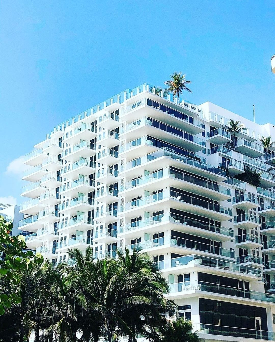 If You Could Describe Grandsurfside With Just One Word What Would It Be Photo By Steph722001 Grandsurfside North Miami Beach Grand Beach Hotel Surfside