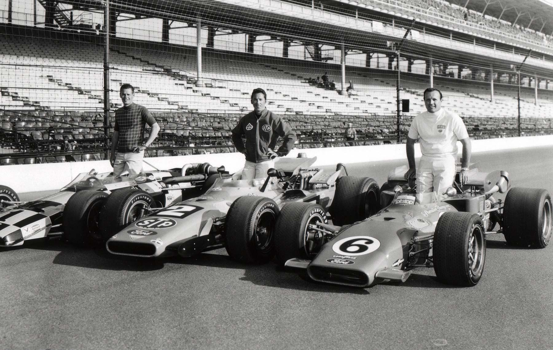 Indy 500 1969 A Great Way To Win A Bar Bet Ask A Racing Buff Who Is Pictured In This Photo Of The 1969 Front Ro Indy Car Racing Classic Racing Cars Indy 500