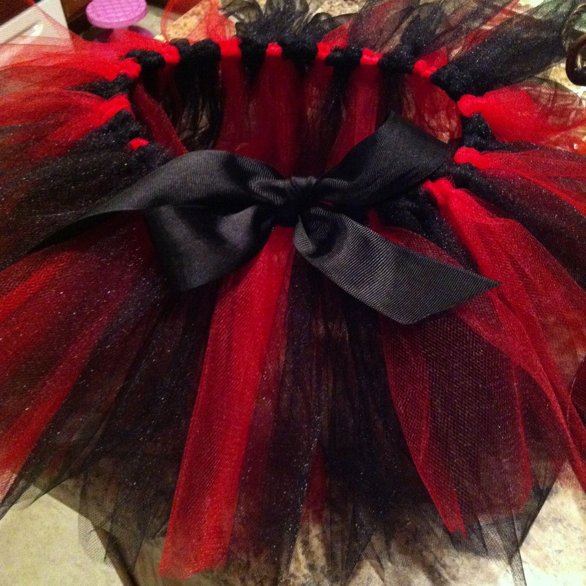 black and red tutu kost m pinterest kost m fasching 2019 und fasching. Black Bedroom Furniture Sets. Home Design Ideas