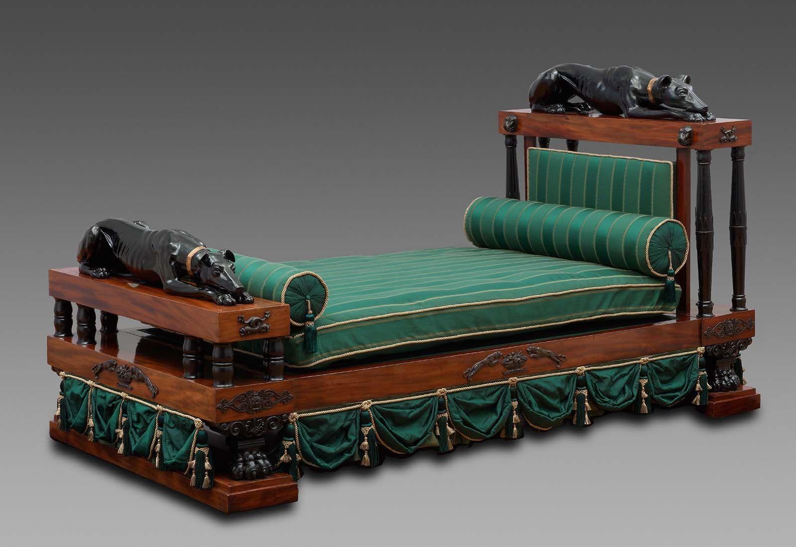 Cama Regencia inglesa alrededor de 1800-10 | MUEBLES | Pinterest | Camas