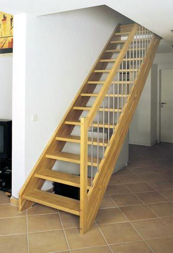 Tutorial como se hace una escalera de madera escalera escalera de madera y madera - Como se hace una casa de madera ...