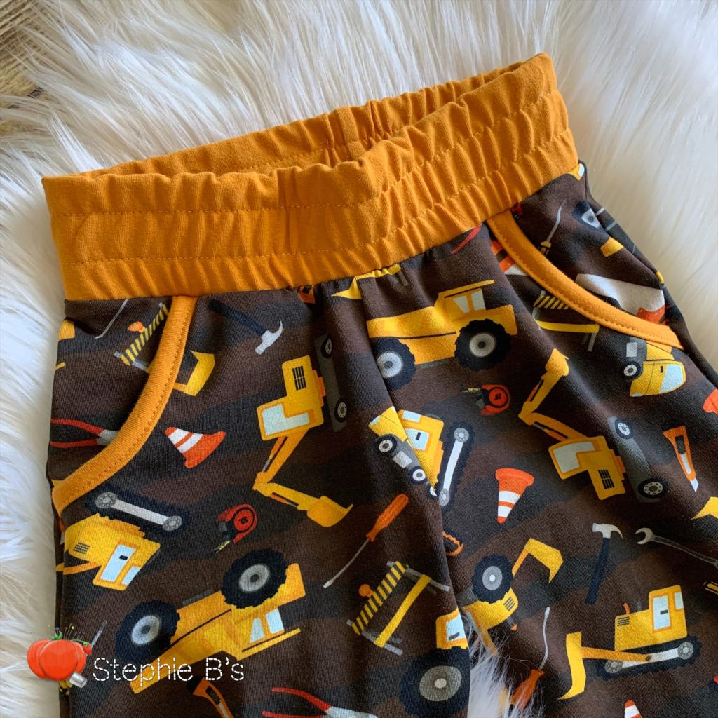 How to Topstitch an Elastic Waistband - Peek-a-Boo Pages