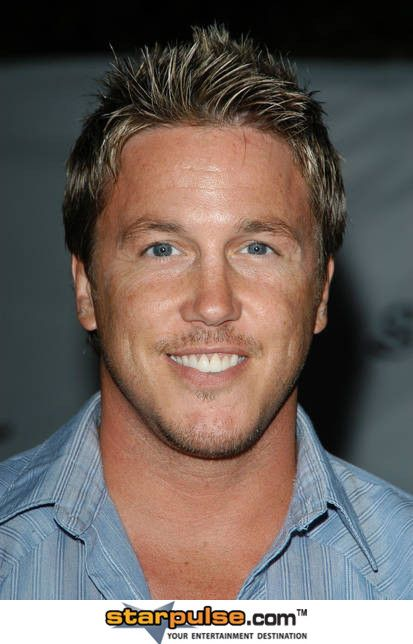 lochlyn munro wife