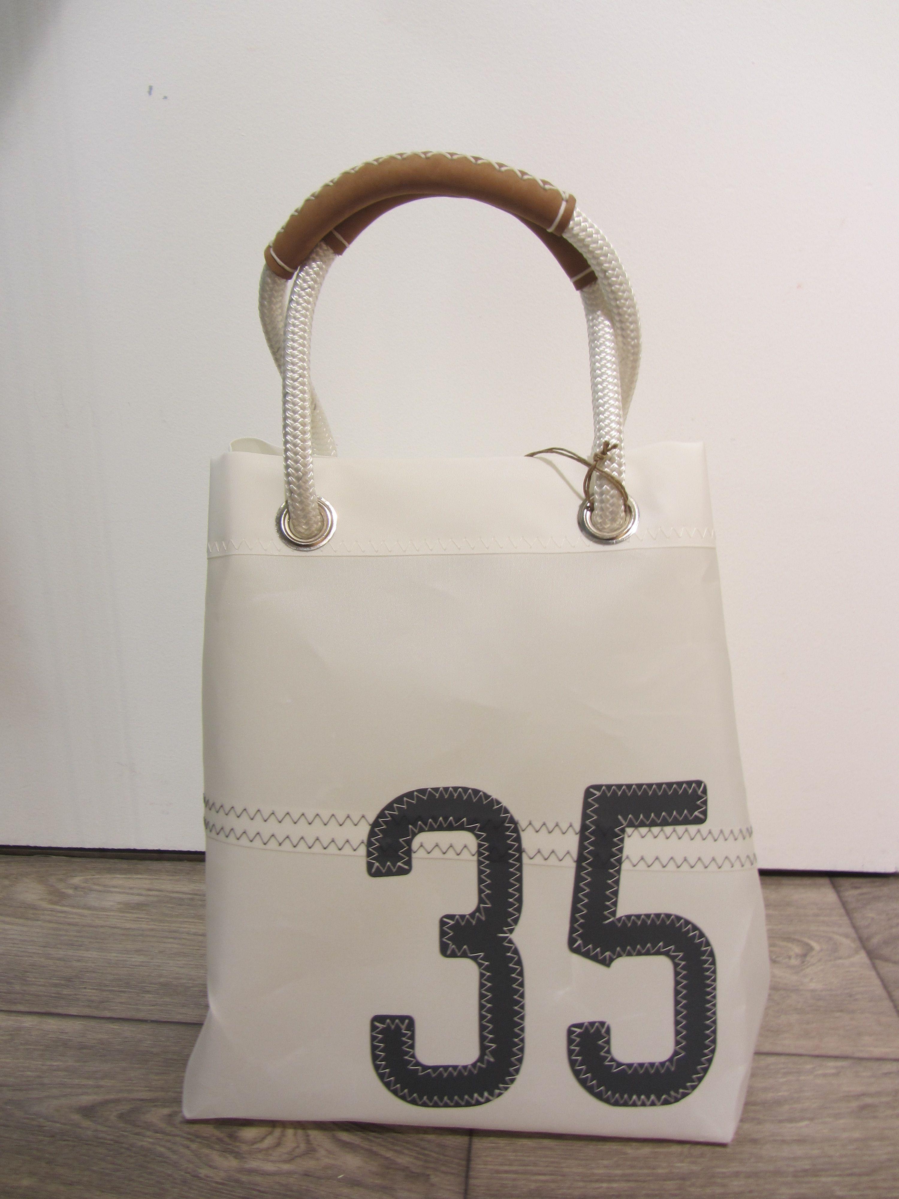 sac en voile pour bateau cr par l 39 artisan cr ateur vent de voyage de st malo en bretagne. Black Bedroom Furniture Sets. Home Design Ideas