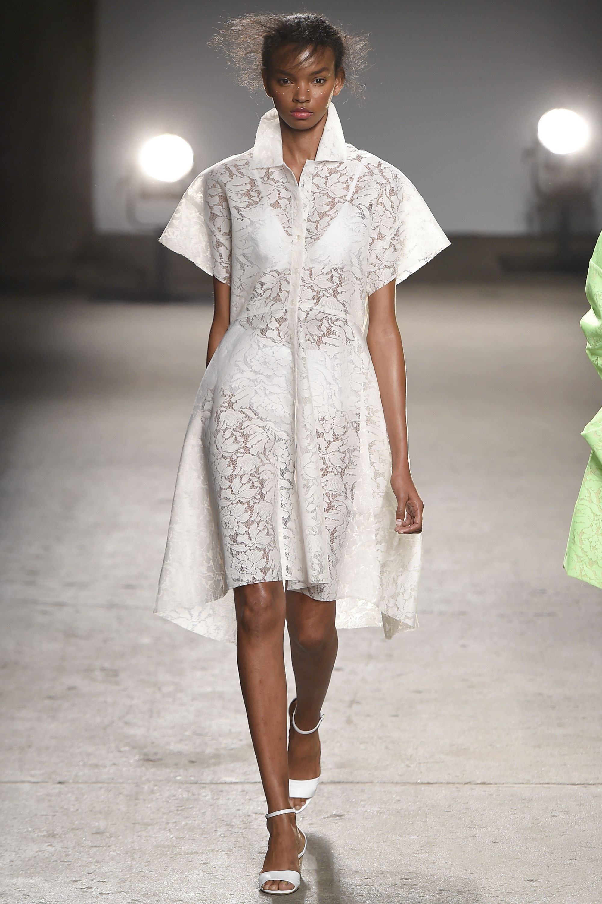 Fashion week Reese tracy spring runway for woman