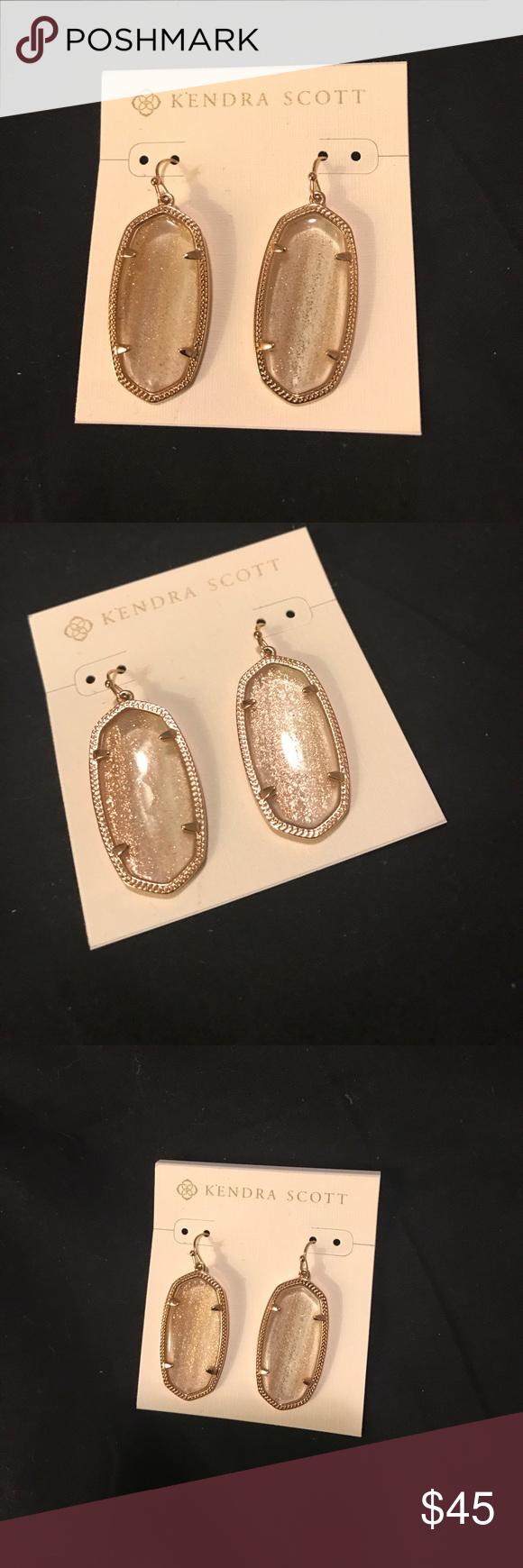 Kendra Scott Elle earrings NWOT perfect condition! KS Elle earrings in gold dusted glass. Absolutely stunning! Kendra Scott Jewelry Earrings