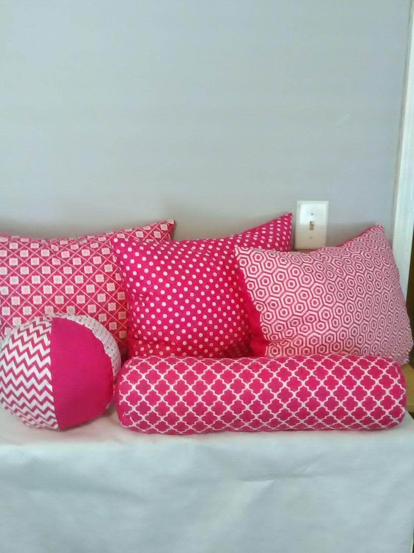 Outstanding Magenta And White Throw Pillow Set Round Ball Pillow Neck Dailytribune Chair Design For Home Dailytribuneorg