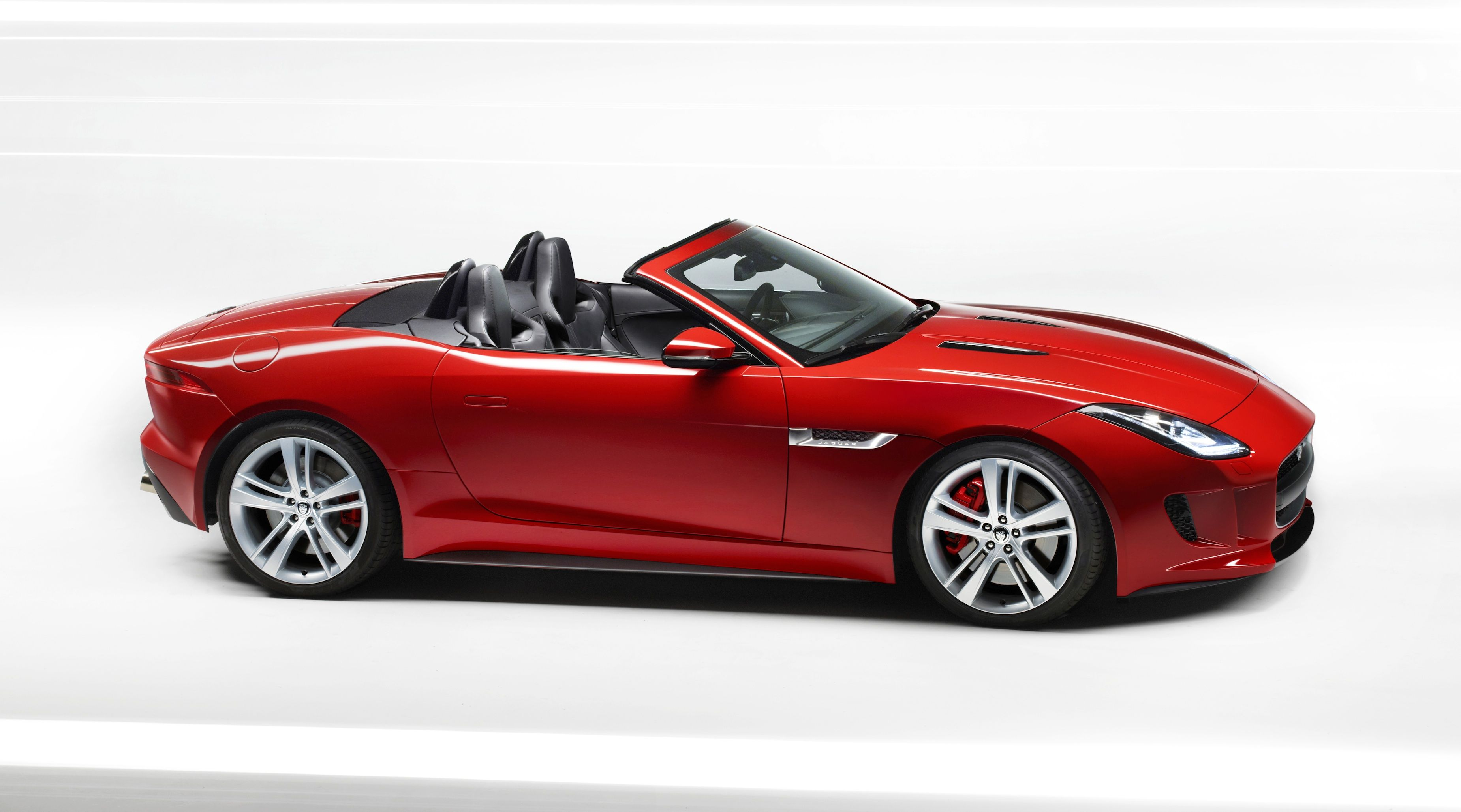 FTYPE Car Is Best Car In World To Connect The Driver With High - Best new performance cars