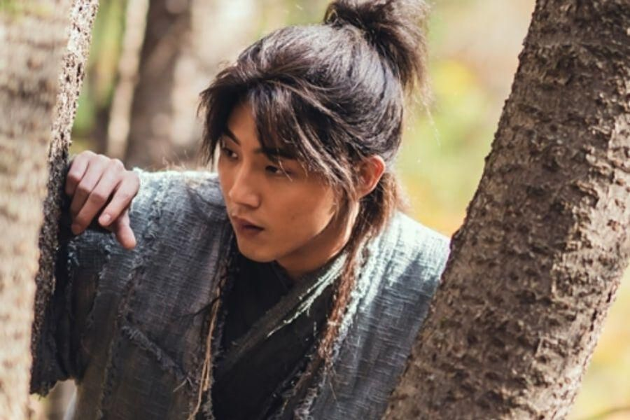 "Ji Soo Shares Details On His Role In Upcoming Historical Drama ""River Where The Moon Rises"""