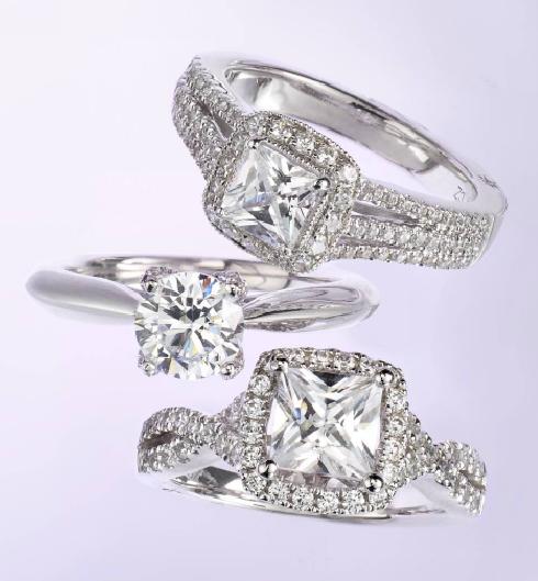 Elegant Dress Designers Make The Best Engagement Ring Designers