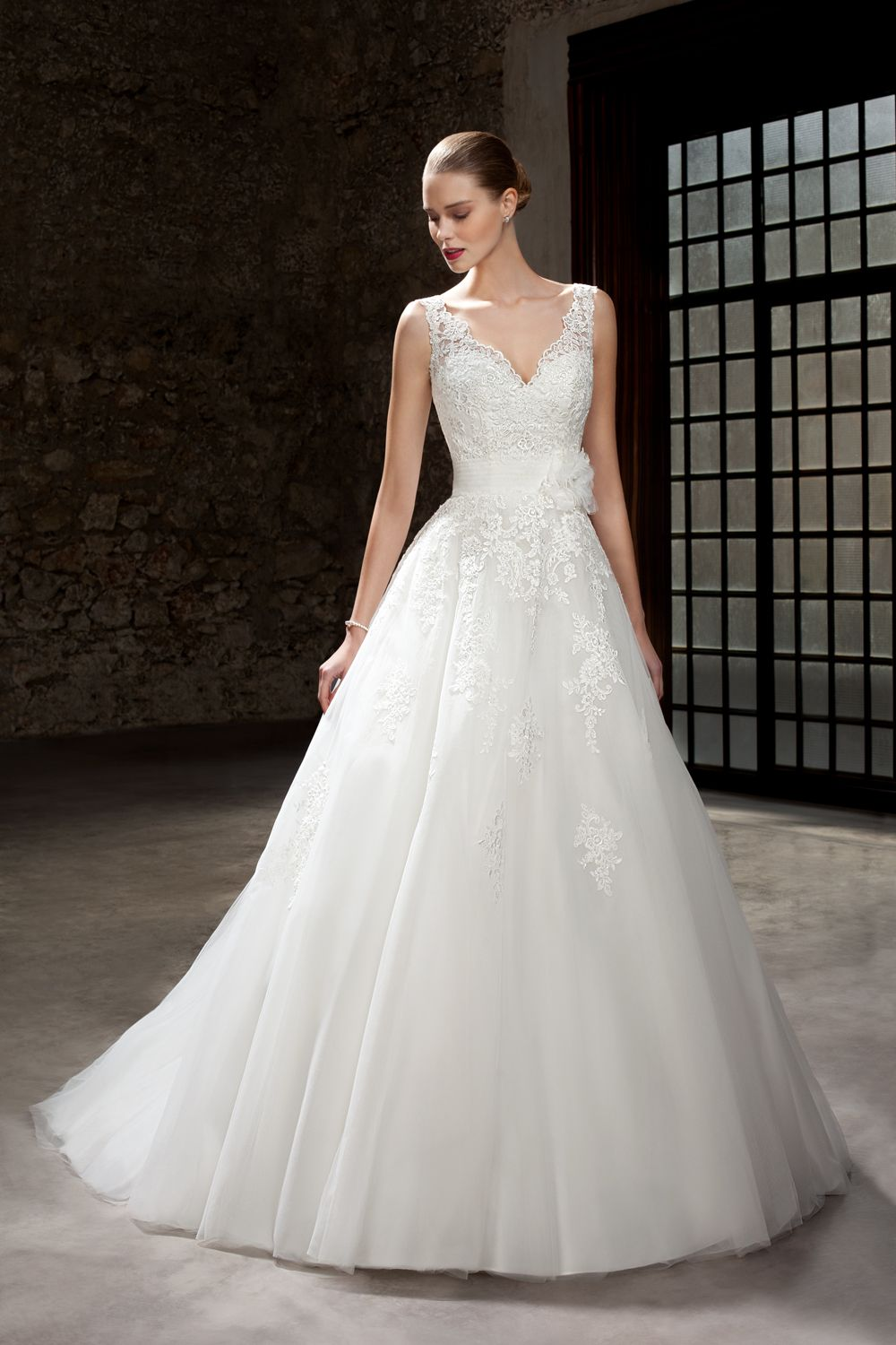 Wedding dresses in london shops  Cosmobella  Style   big full wedding dresses  Pinterest
