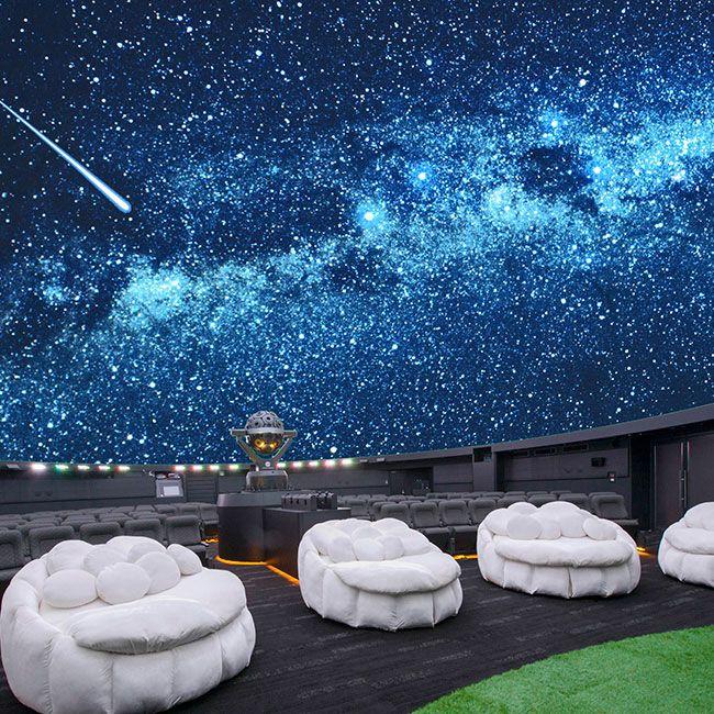 芝と雲の特別シートが登場 池袋のプラネタリウム 満天 がリニューアル