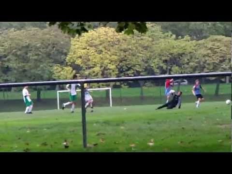 FOOTBALL -  Magnifique but de Zlatan Ibrahimovic a l'entrainement (camp des loges - 29.10.2012) - http://lefootball.fr/magnifique-but-de-zlatan-ibrahimovic-a-lentrainement-camp-des-loges-29-10-2012/