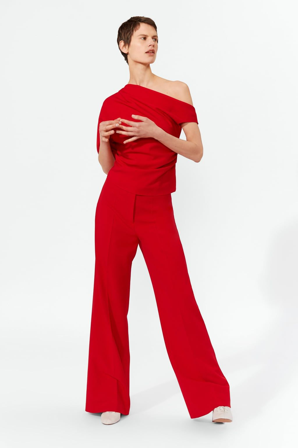 7563b47c926 Image 1 of ASYMMETRIC TOP from Zara | FORMYNEW2019HOME in 2019 ...