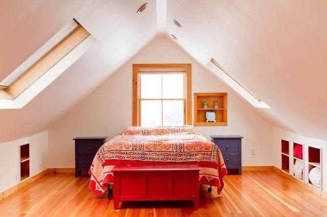 26 Best Sloped Roof Bedrooms Ideas Bedroom Design Attic Rooms Attic Bedroom