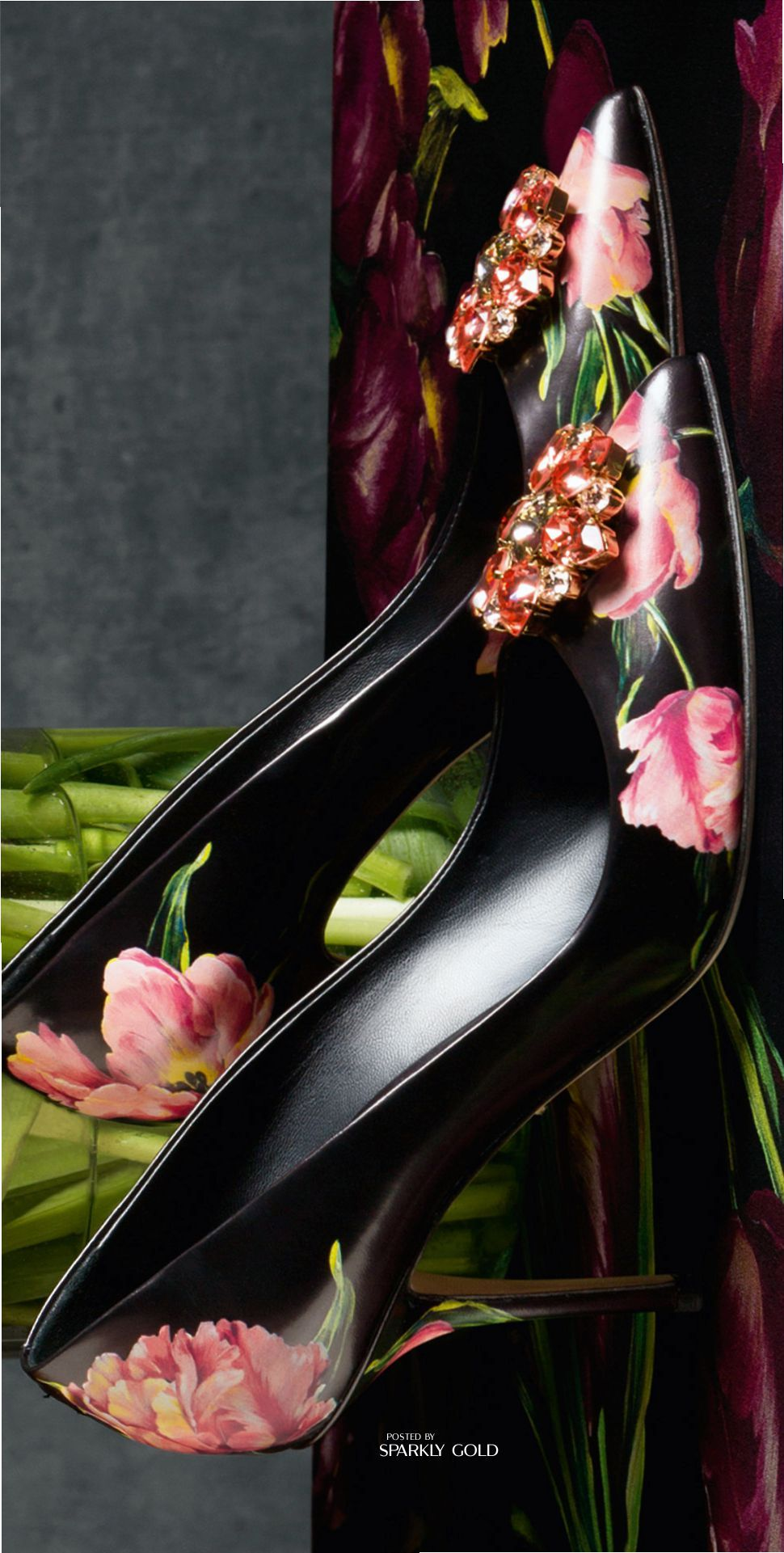 D&G Fall 2016 / Tulips on your shoes how amazing