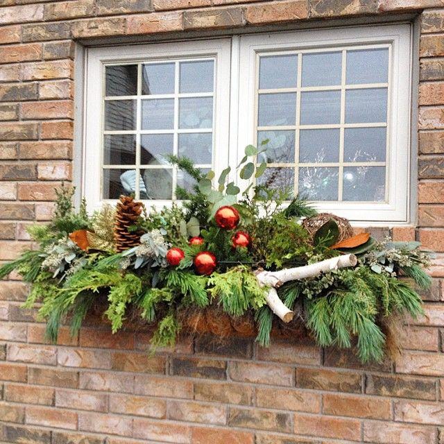 Outdoor Christmas Planter Box Window #oliverandrust Is