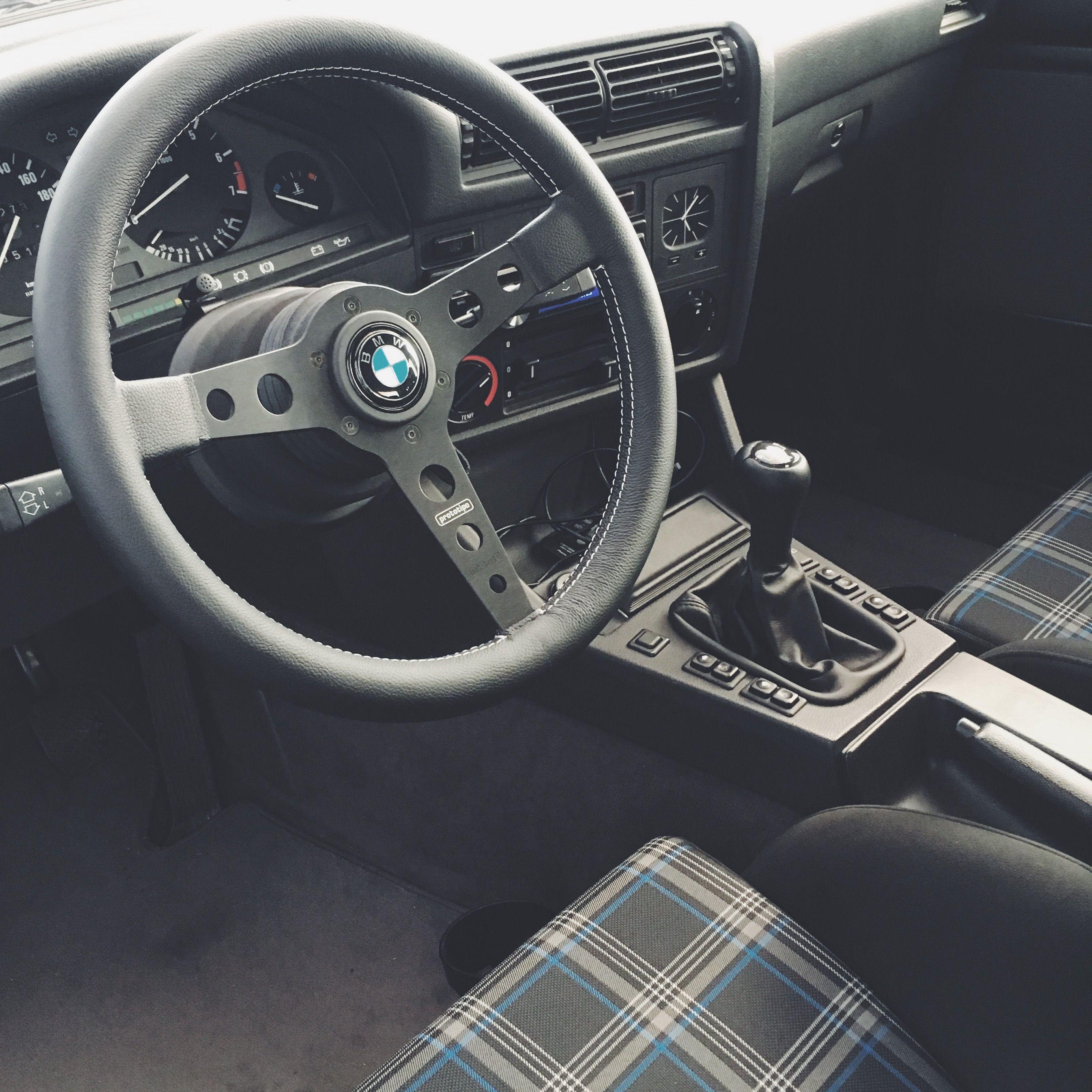 Bmw E30 Momo Prototipo Recaro Sr 7 Bmw E30 Interior Bmw E30 Bmw