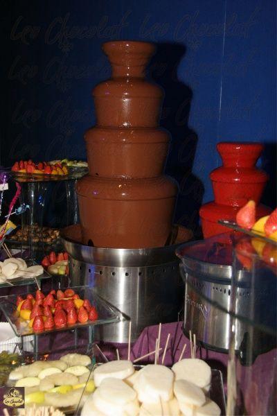 Renta Una Fuente De Chocolate De Un Metro Y Te Llevamos Gratis Una De Chamoy De So Cmts Fuentes De Chocolate Chocolate Fuente De Chamoy